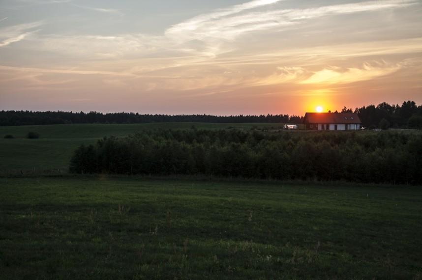 siedlisko o zachodzie słońca